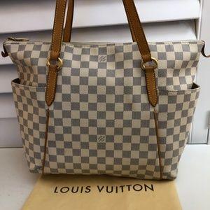 Louis Vuitton Bags - Louis Vuitton Totally Mm Damier Azur White…
